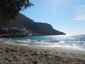 petite plage prêt de Panormos